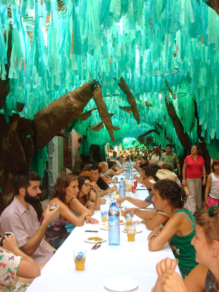Festa de Gracia 2013, lunch table