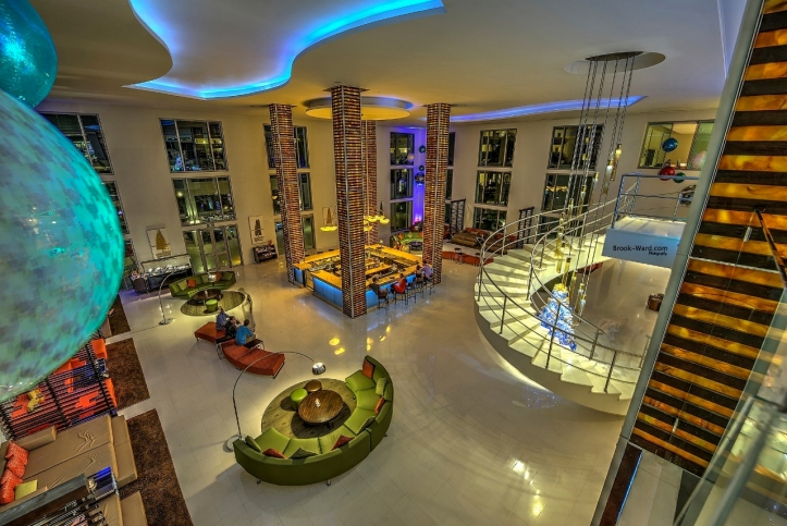 Top 5 trends influencing hotel design this year changing for Hotel lobby design trends